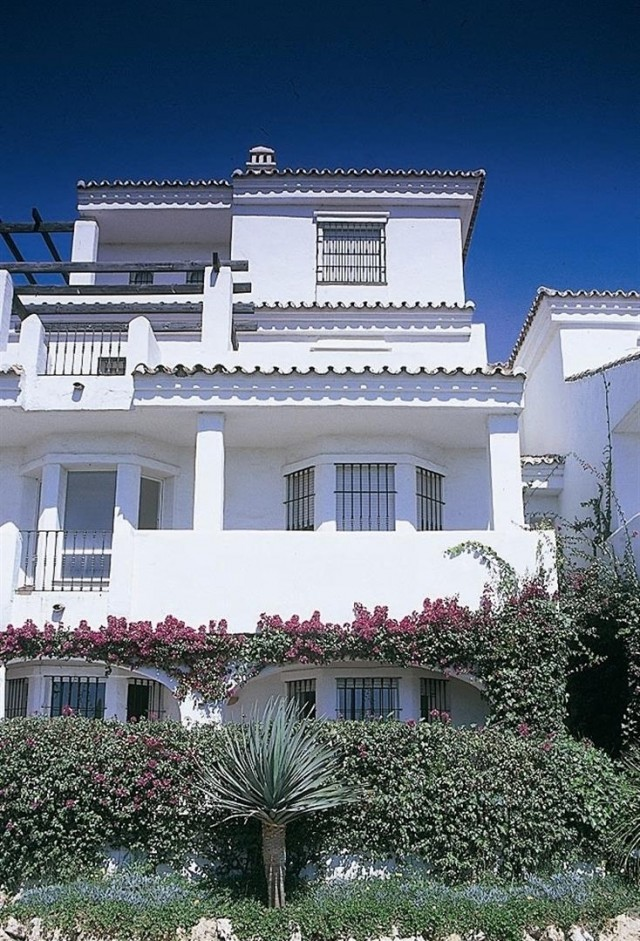 New Development for Sale - 194.544€ - Nueva Andalucía, Costa del Sol - Ref: 2412