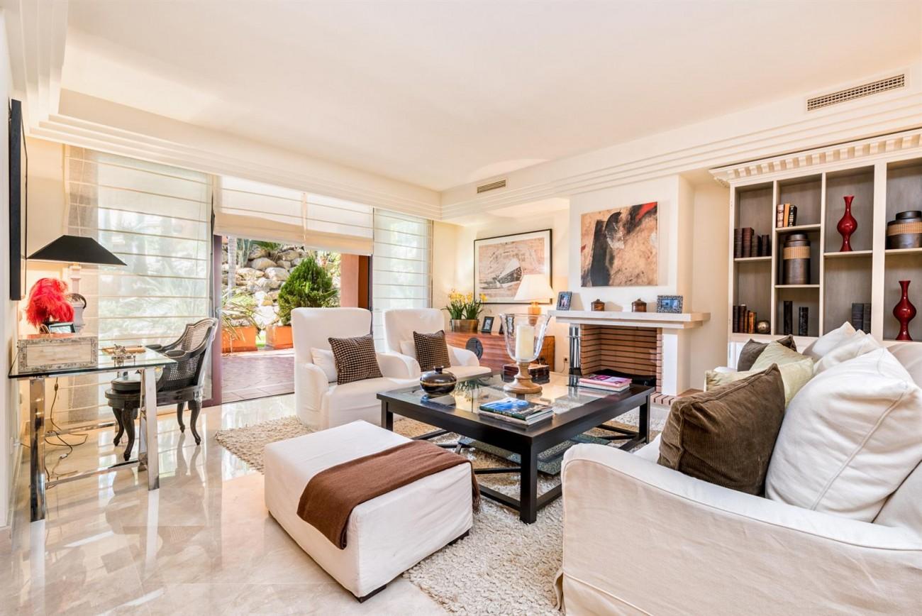 Luxury Apartments close to Puerto Banus Marbella Spain (31) (Large)