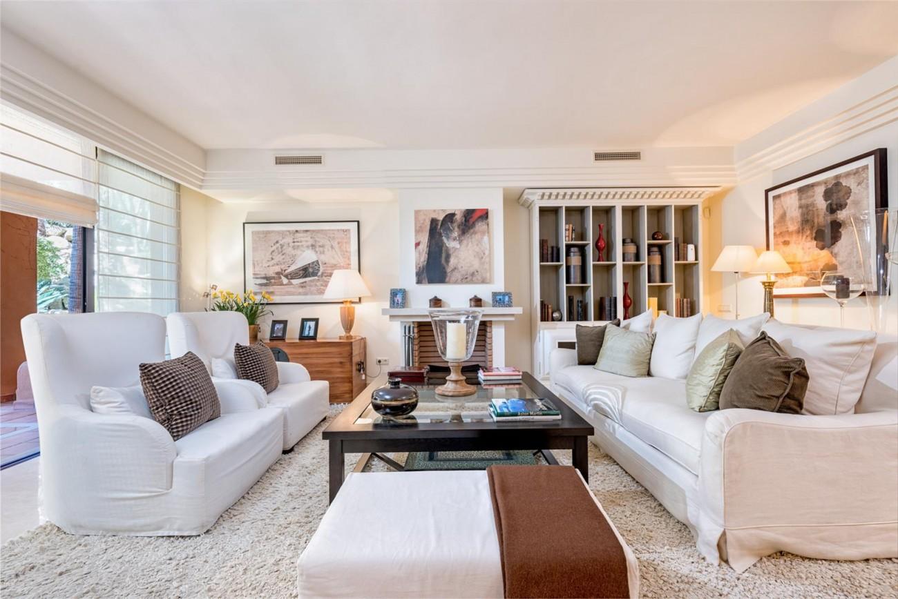 Luxury Apartments close to Puerto Banus Marbella Spain (33) (Large)