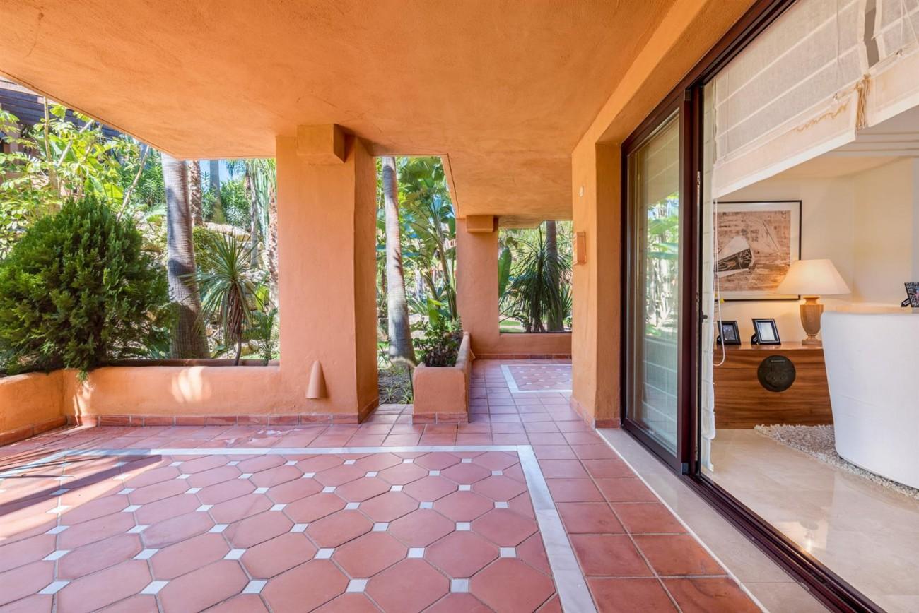 Luxury Apartments close to Puerto Banus Marbella Spain (34) (Large)