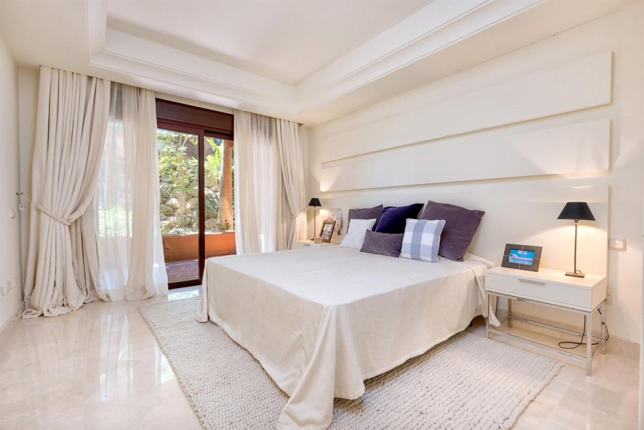 Luxury Apartments close to Puerto Banus Marbella Spain (57) (Large)