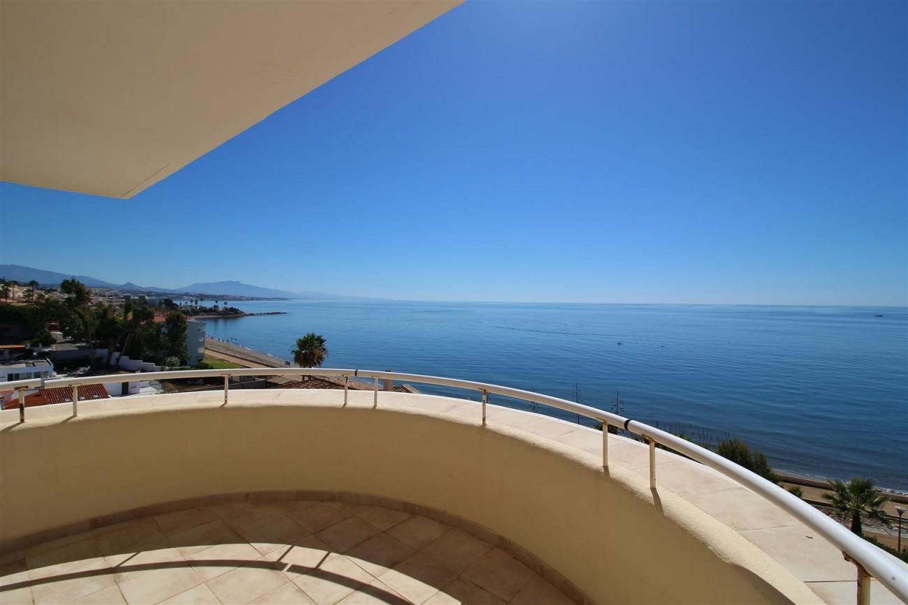 Beachfront Penthouse for sale Estepona Spain  (13)