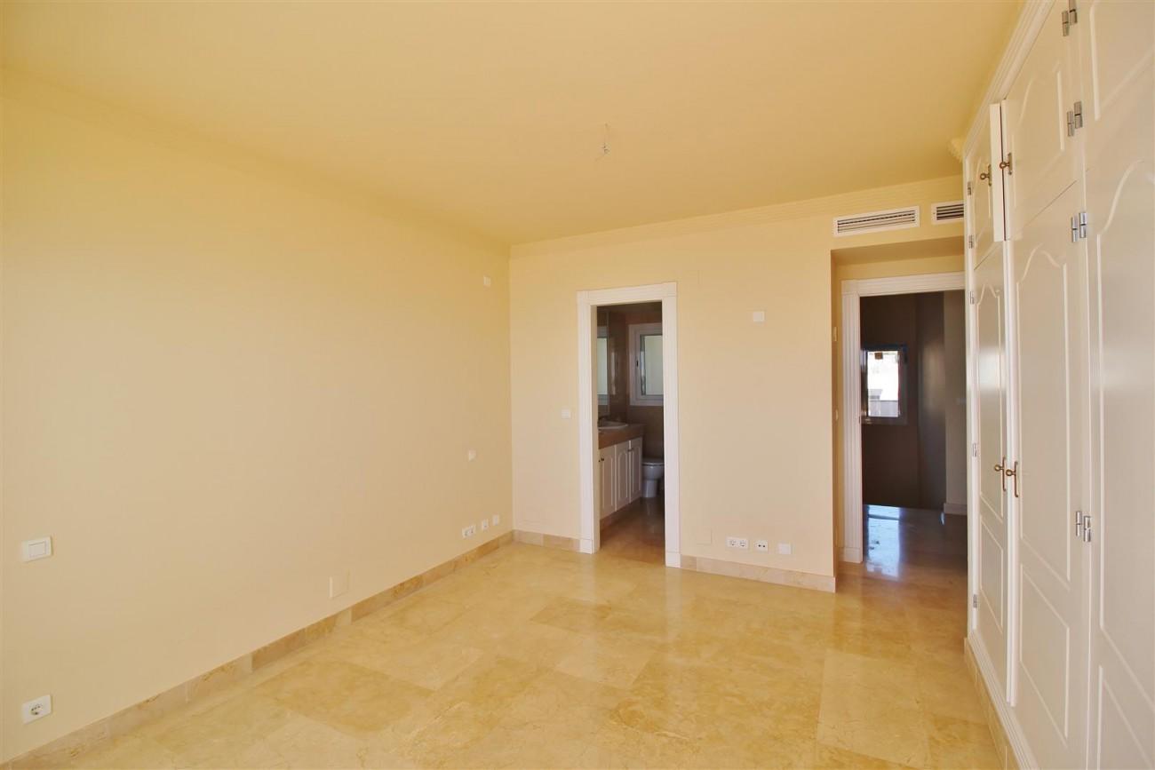 Beachfront Penthouse for sale Estepona Spain  (15)