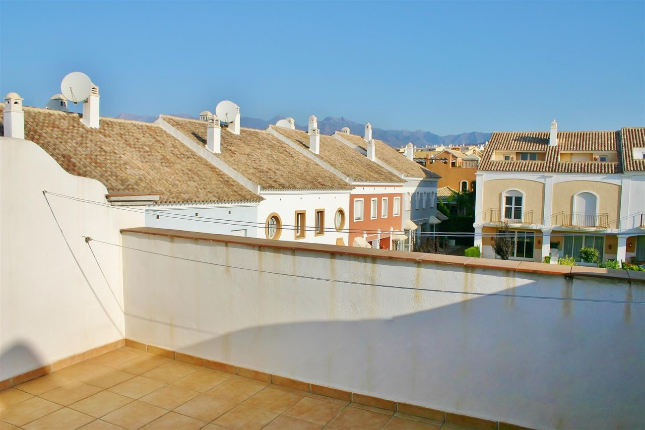 Beachside Townhouse for Sale East Marbella Spain (12) (Large)