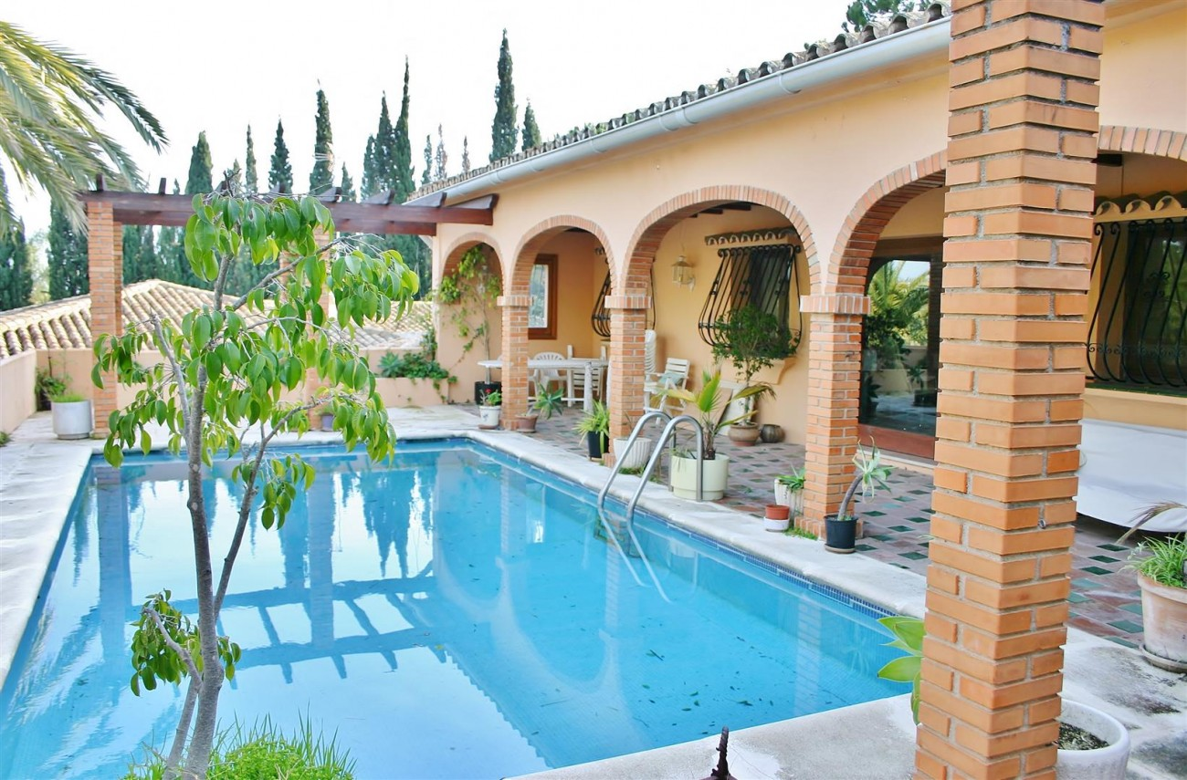 Villa for Sale Nueva Andalucia Marbella Spain (9) (Large)