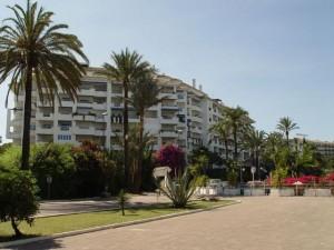 Apartment for sale in Puerto Banús, Marbella, Málaga