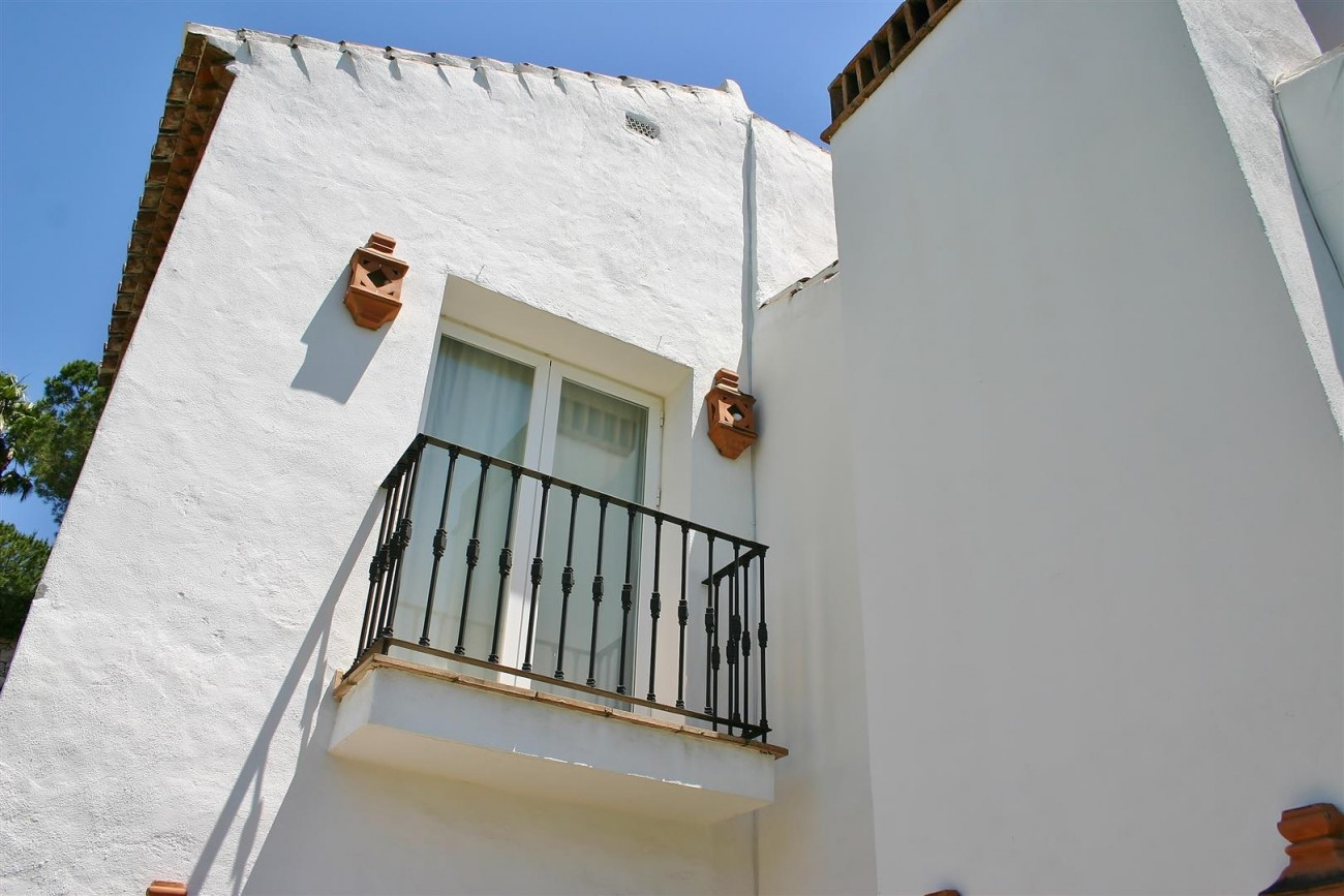 Duplex Apartment for sale Benahavis Spain (10)