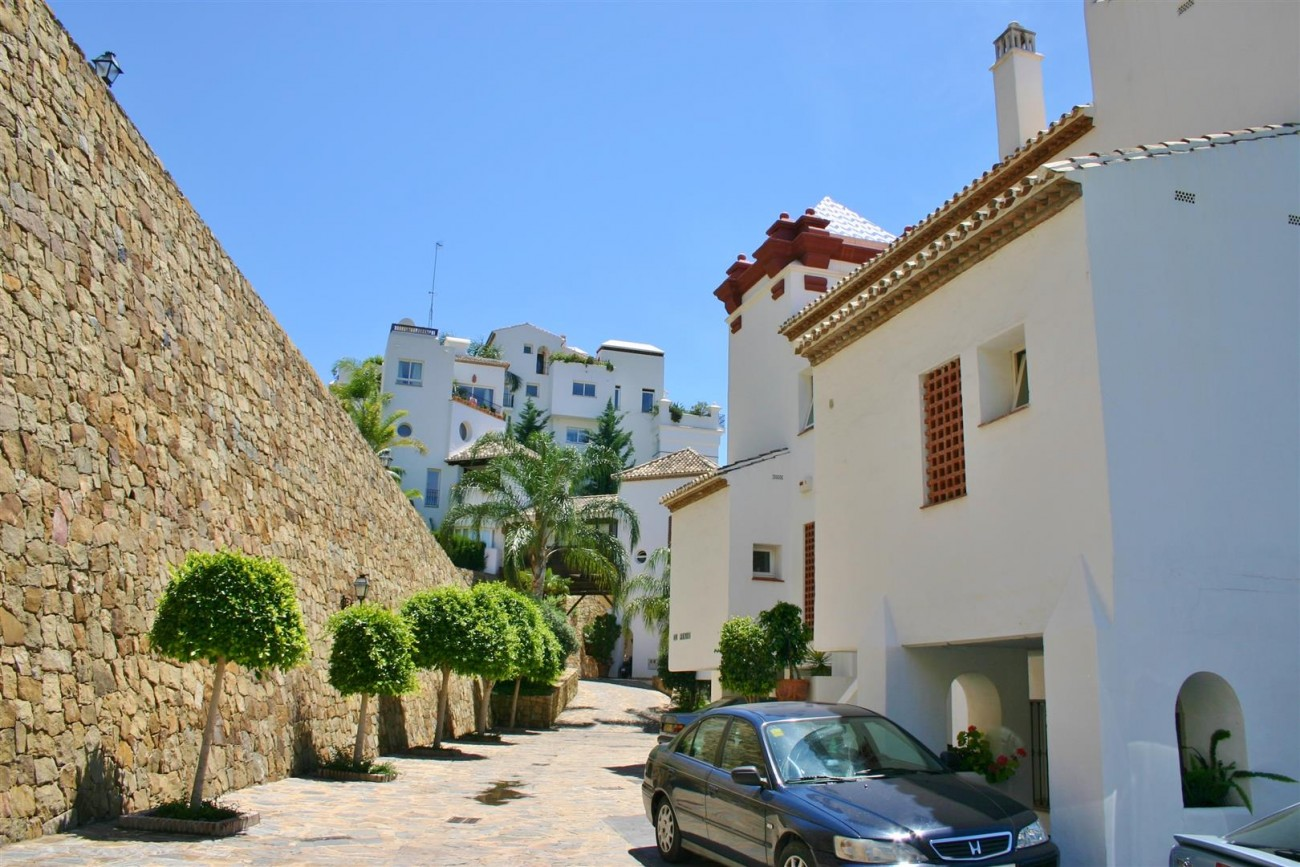 Duplex Apartment for sale Benahavis Spain (20)