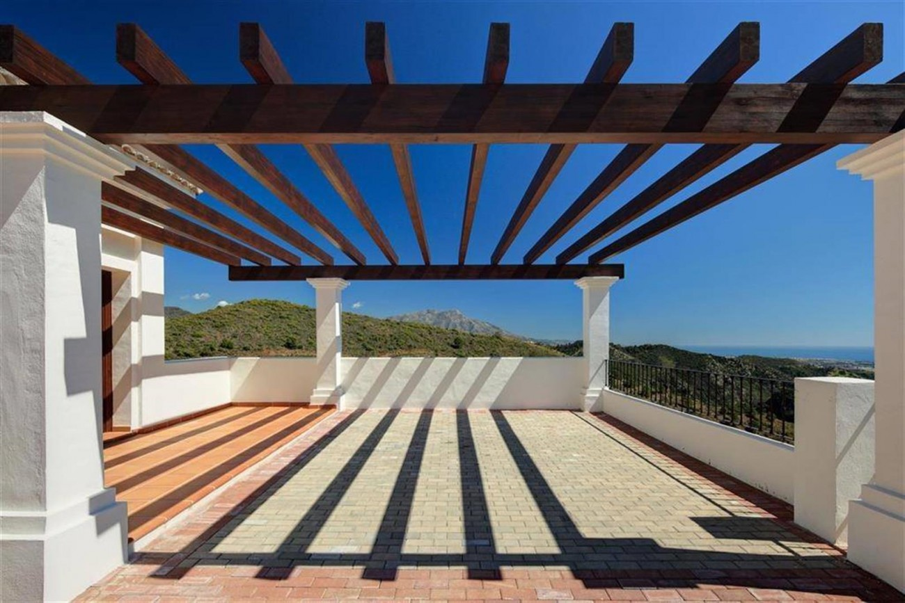 D3012 Luxury brand new villas Benahavis  (2) (Large)