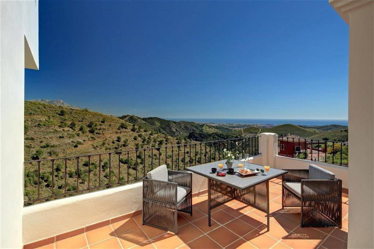 D3012 Luxury brand new villas Benahavis  (3) (Large)