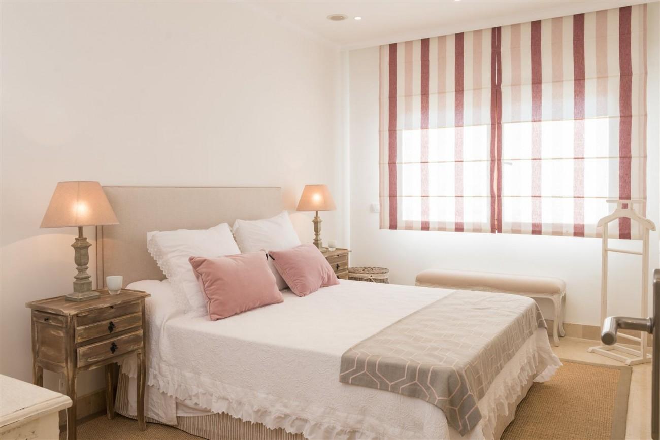 D3130 Luxury Apartment Marbella Golden Mile Spain (2)