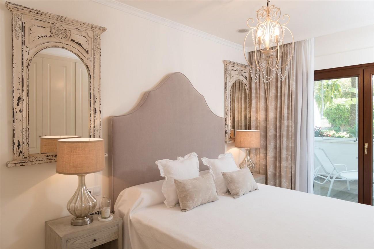 D3130 Luxury Apartment Marbella Golden Mile Spain (8)