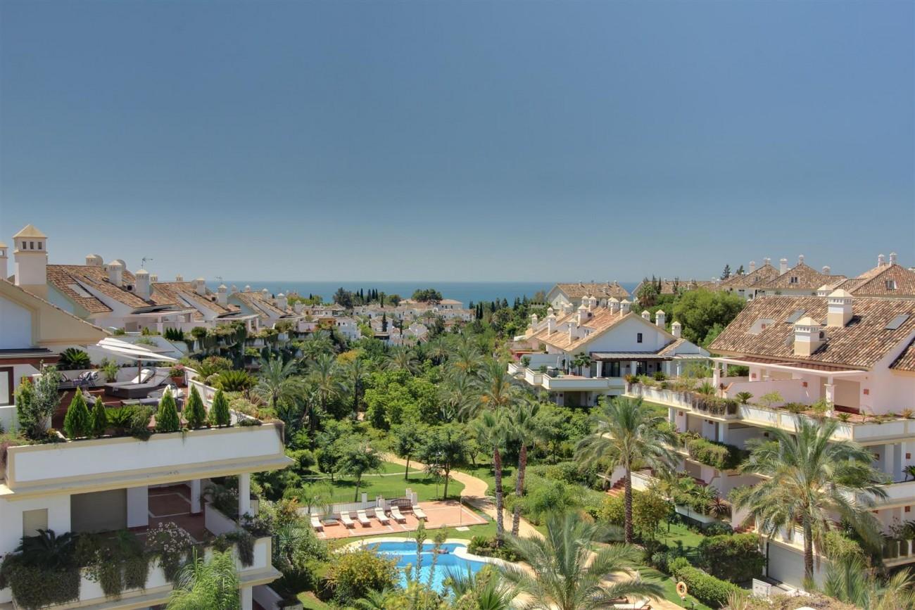 D3130 Luxury Apartment Marbella Golden Mile Spain (12)
