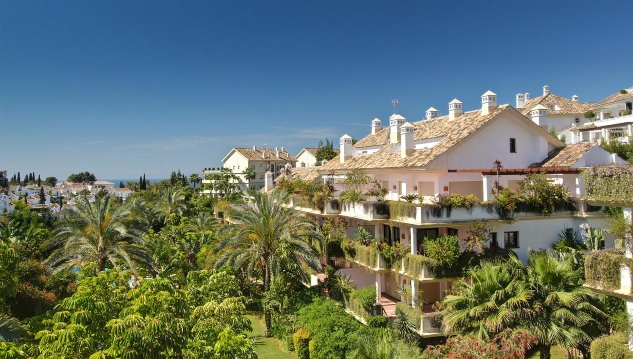 D3130 Luxury Apartment Marbella Golden Mile Spain (16)