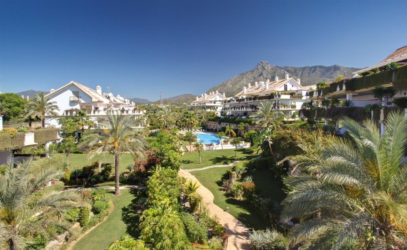 D3130 Luxury Apartment Marbella Golden Mile Spain (17)