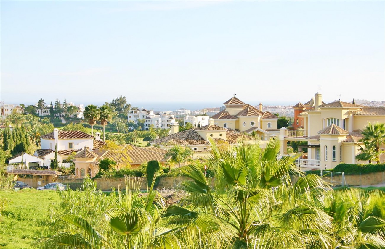 Townhouse for sale Nueva Andalucia Marbella Spain (5) (Large)