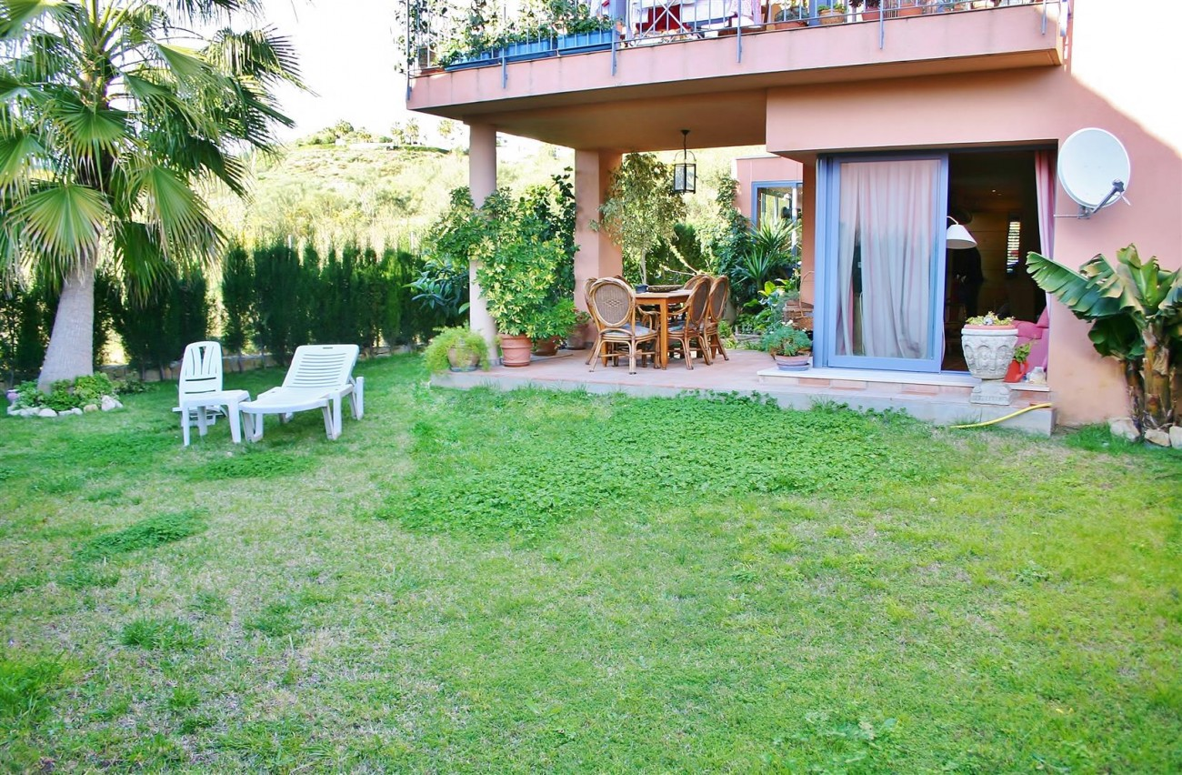Townhouse for sale Nueva Andalucia Marbella Spain (7) (Large)