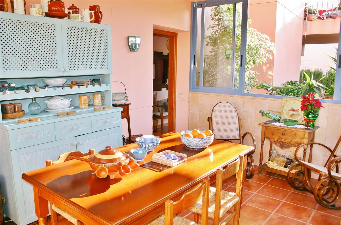 Townhouse for sale Nueva Andalucia Marbella Spain (12) (Large)