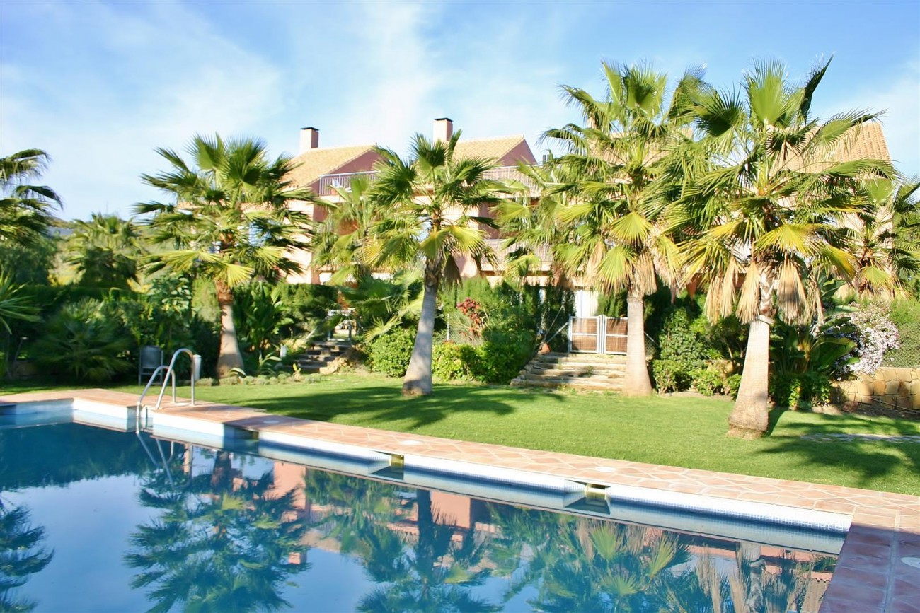 Townhouse for sale Nueva Andalucia Marbella Spain (15) (Large)