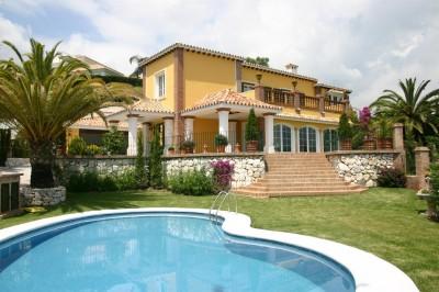 366392 - Villa For sale in El Herrojo, Marbella, Málaga, Spain