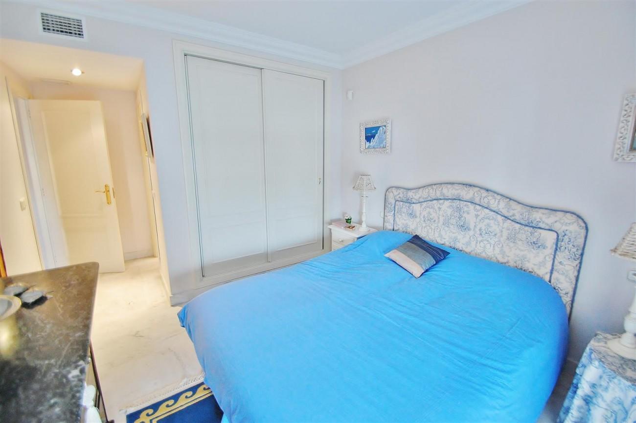 Beachside Apartment for sale Puerto Banus Marbella Spain (7) (Large)