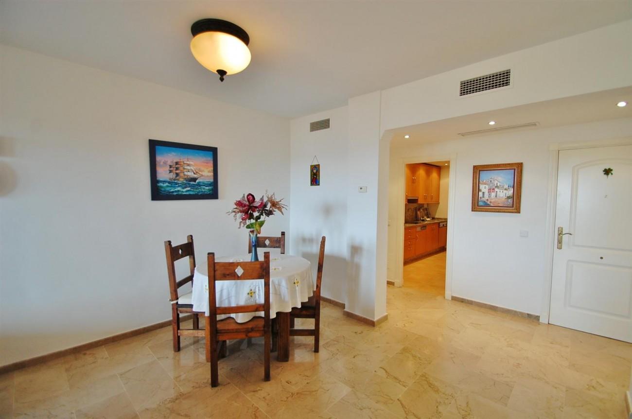 A3604 Beautiful Apartment in Nueva Andalucia Marbella (9) (Large)