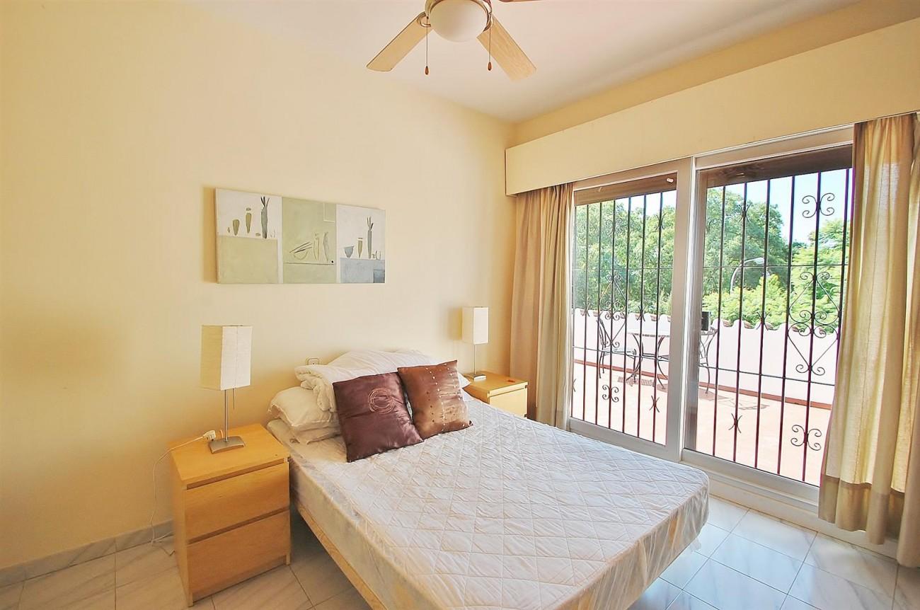 V3773 Villa for sale Nueva Andalucia Marbella Spain (19) (Large)