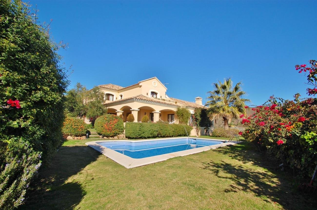 V3787 Villa in Benahavis Spain (1) (Large)