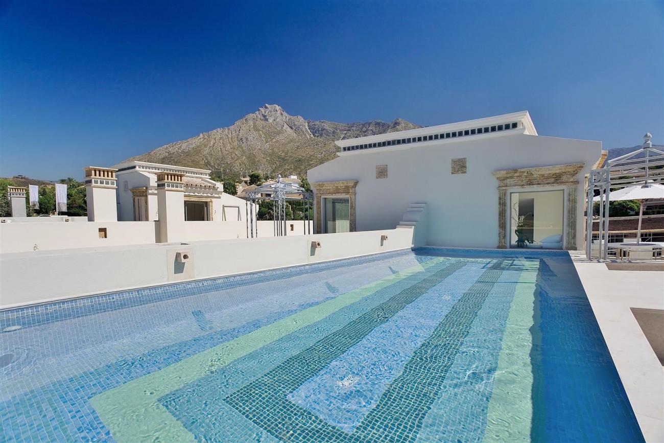D3840 Luxury Villa in Sierra Blanca marbella (2) (Large)