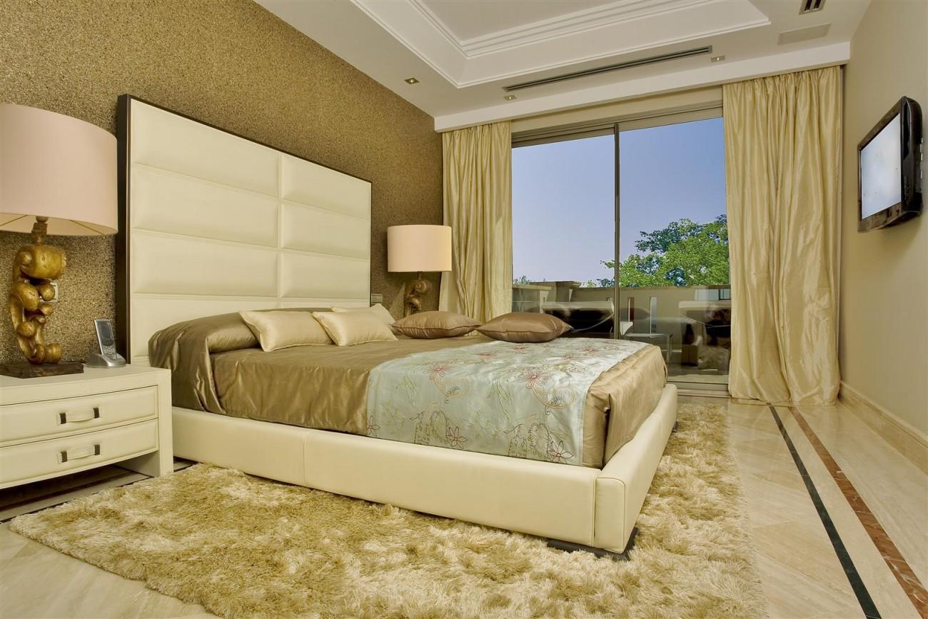 D3840 Luxury Villa in Sierra Blanca marbella (3) (Large)