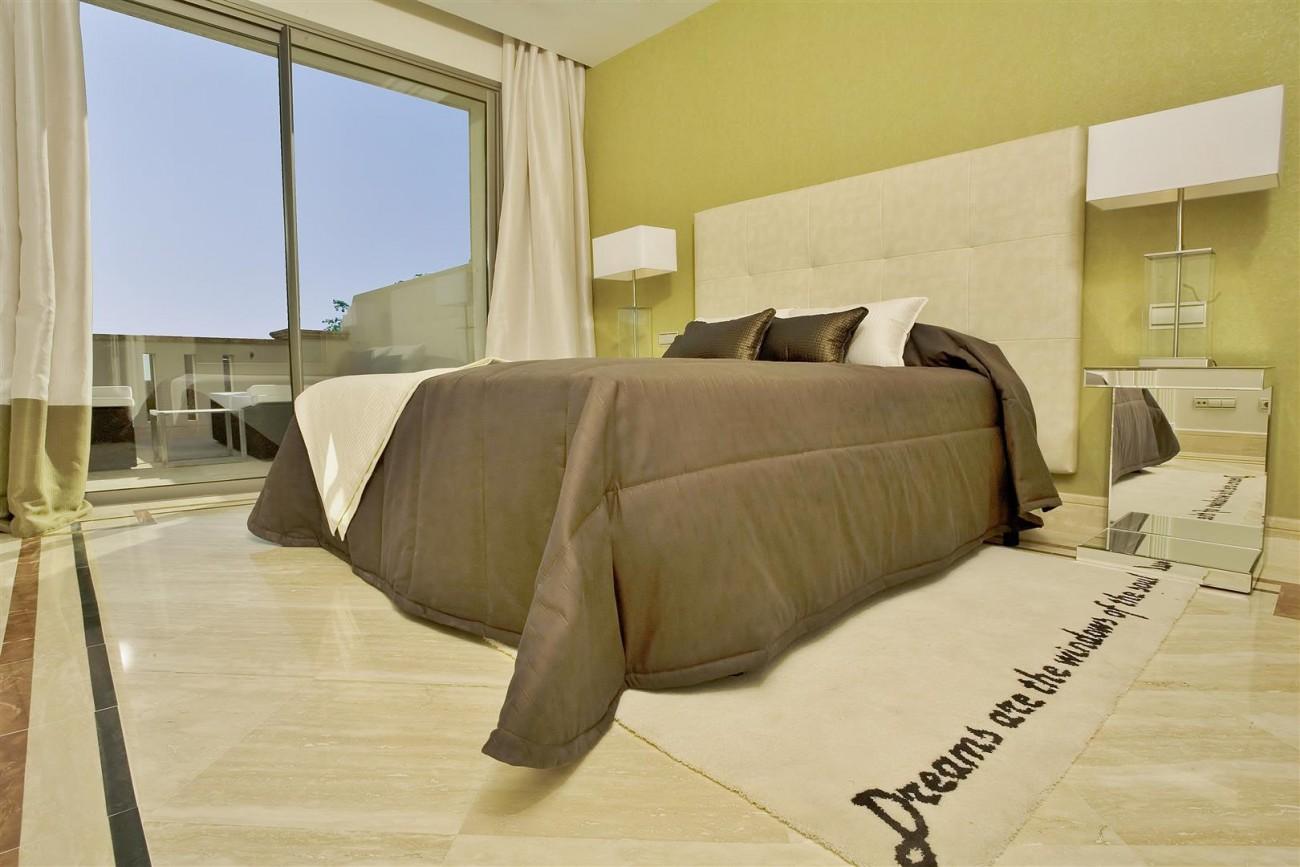 D3840 Luxury Villa in Sierra Blanca marbella (6) (Large)