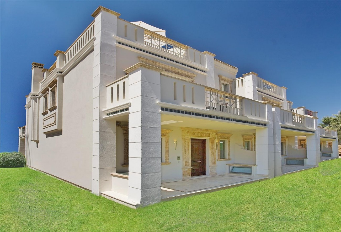D3840 Luxury Villa in Sierra Blanca marbella (7) (Large)