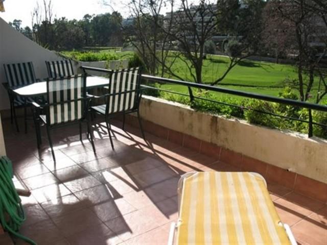 Apartment for Sale - 240.000€ - Guadalmina Alta, Costa del Sol - Ref: 3951