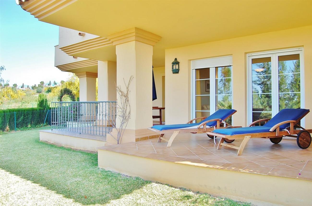 Ample 3 Bedrooms Apartment Puerto Banus marbella Spain (16) (Large)