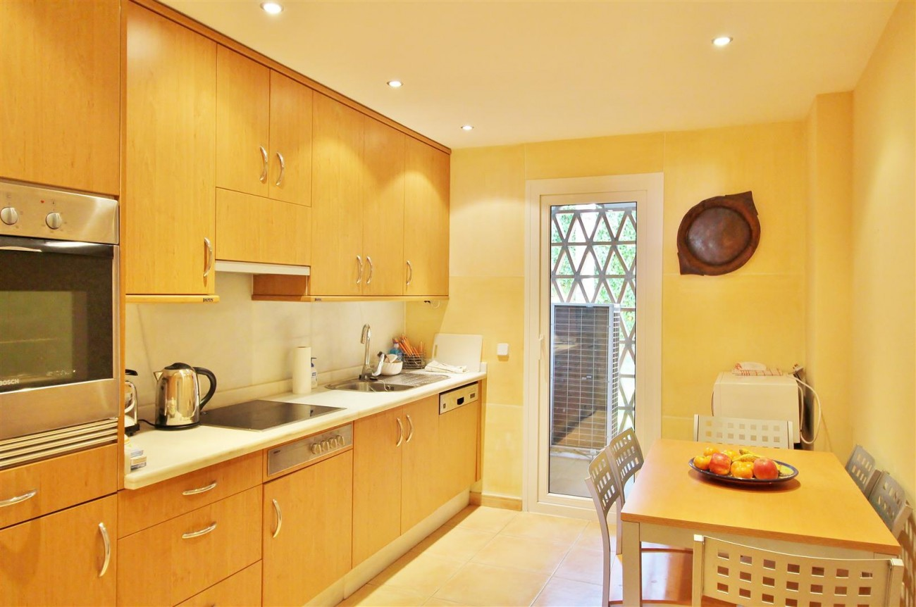 A3988 Apartment for sale 3 bedrooms Puerto Banus (14) (Large)