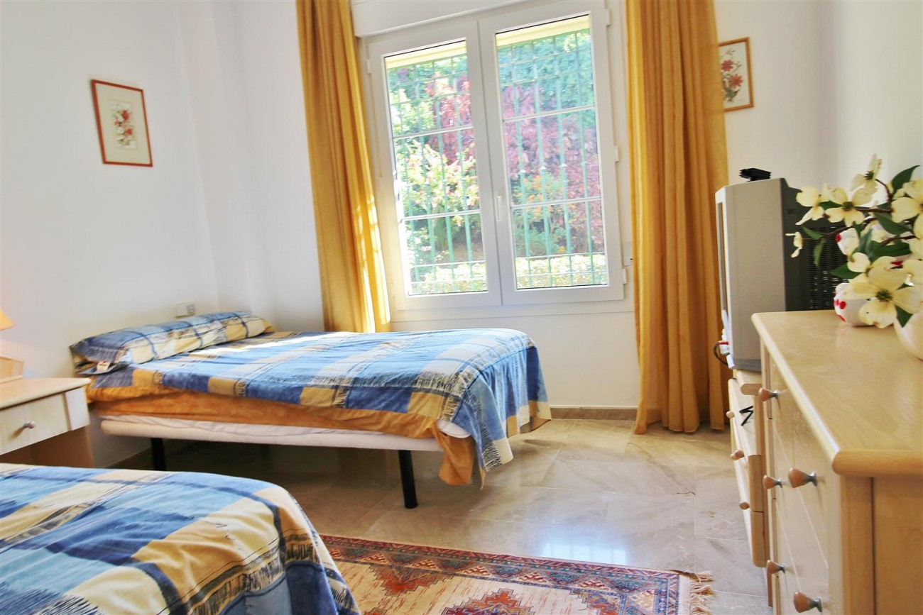 A3988 Apartment for sale 3 bedrooms Puerto Banus (55) (Large)