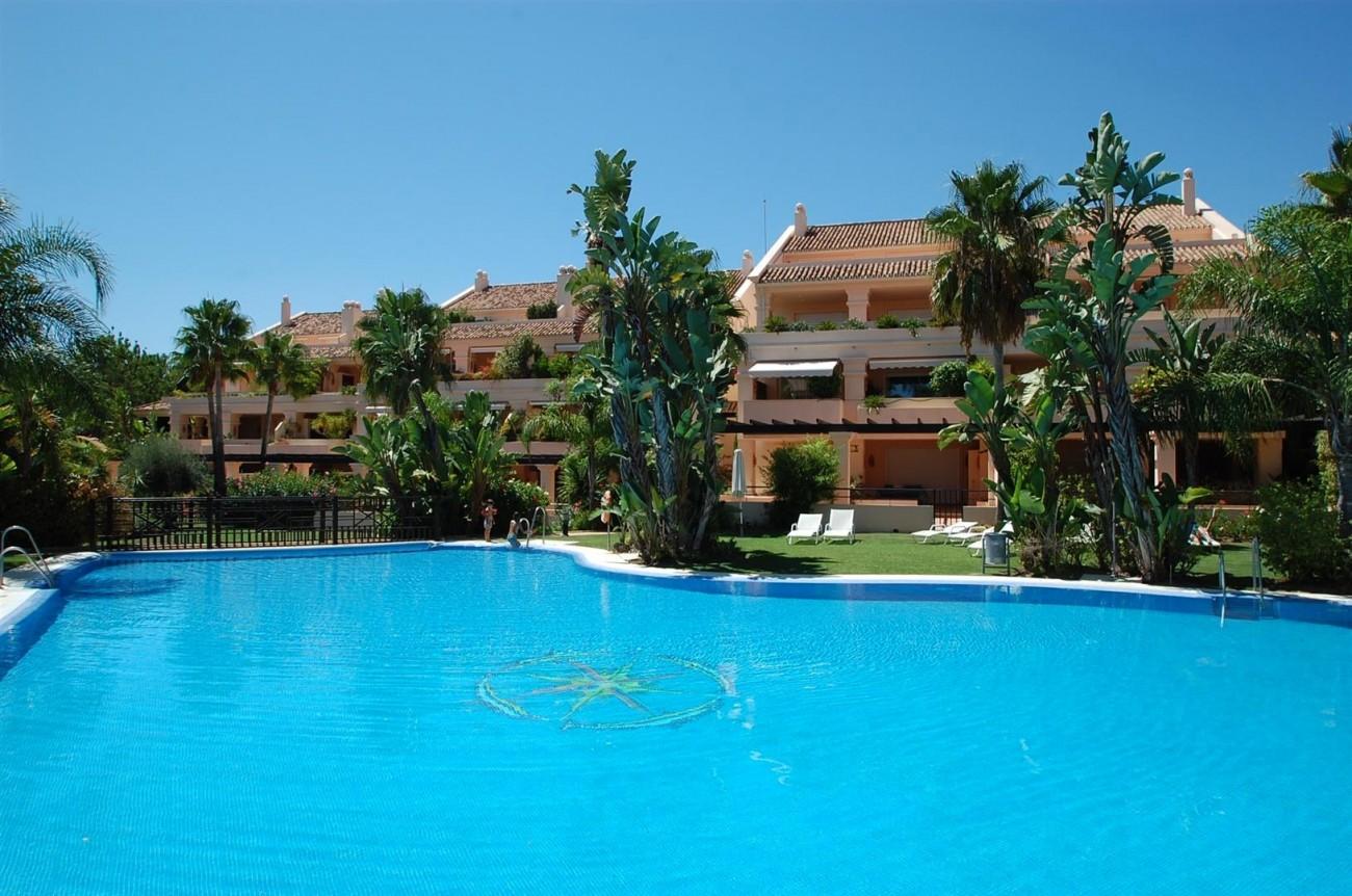 A4215 Luxury Penthouse Nueva Andalucia Marbella (5)