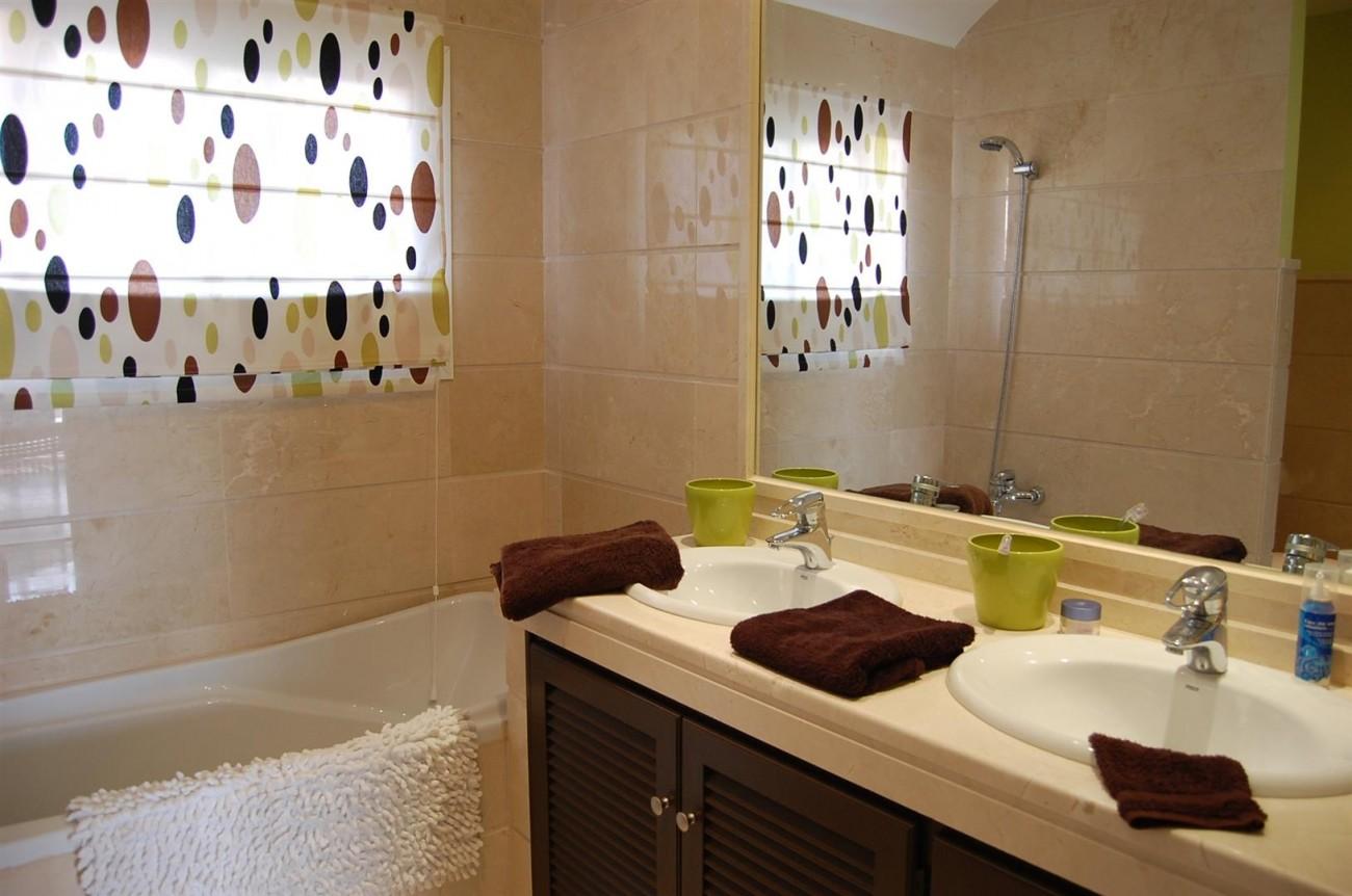 A4215 Luxury Penthouse Nueva Andalucia Marbella (11)