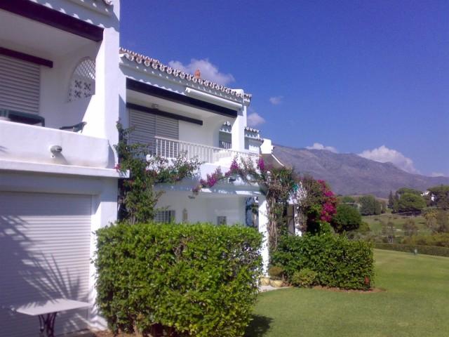 Apartment for Rent - 700€/week - Nueva Andalucía, Costa del Sol - Ref: 4262