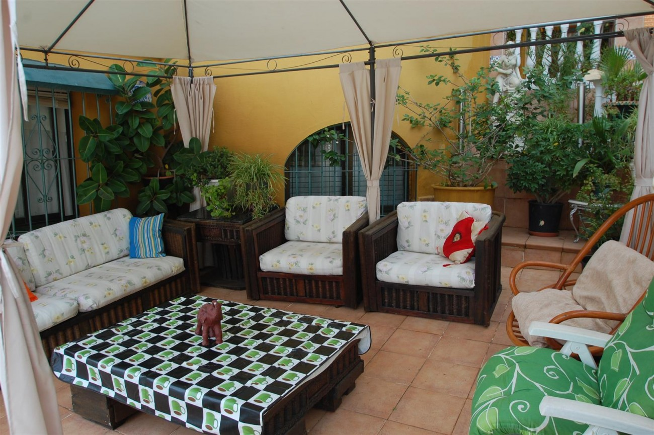 V4366 Villa Nueva Andalucia 2 (Large)