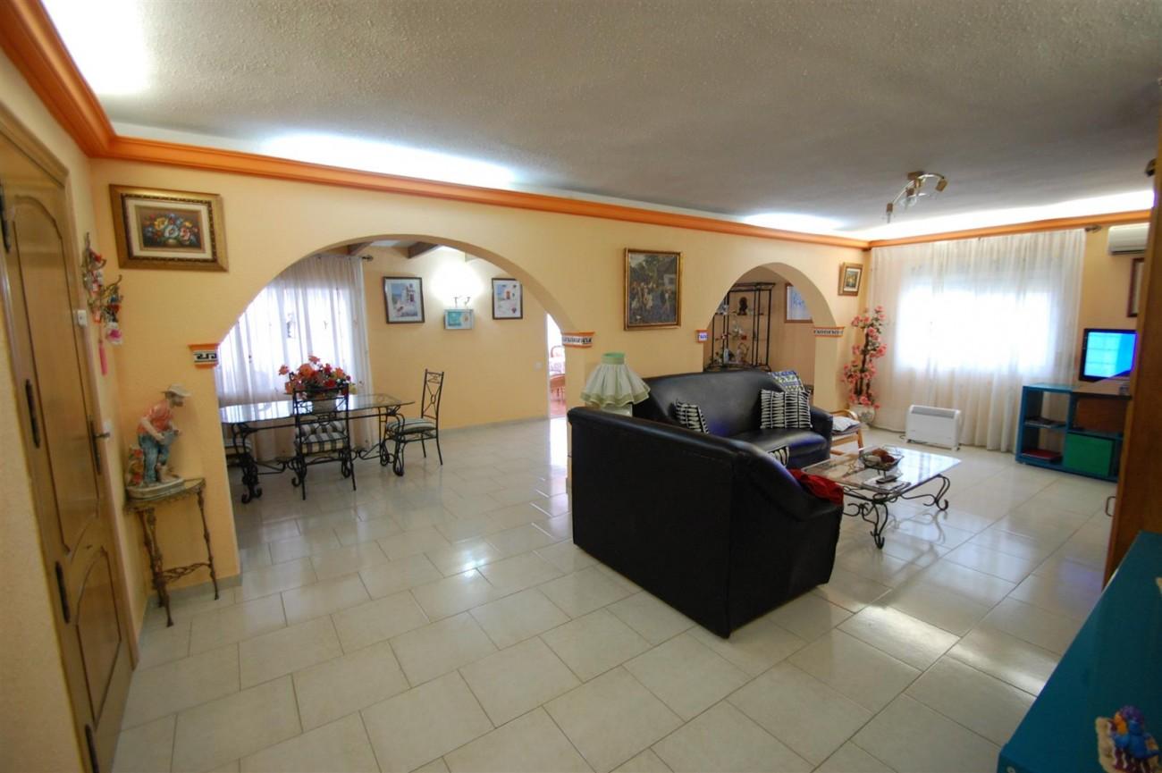 V4366 Villa Nueva Andalucia 3 (Large)