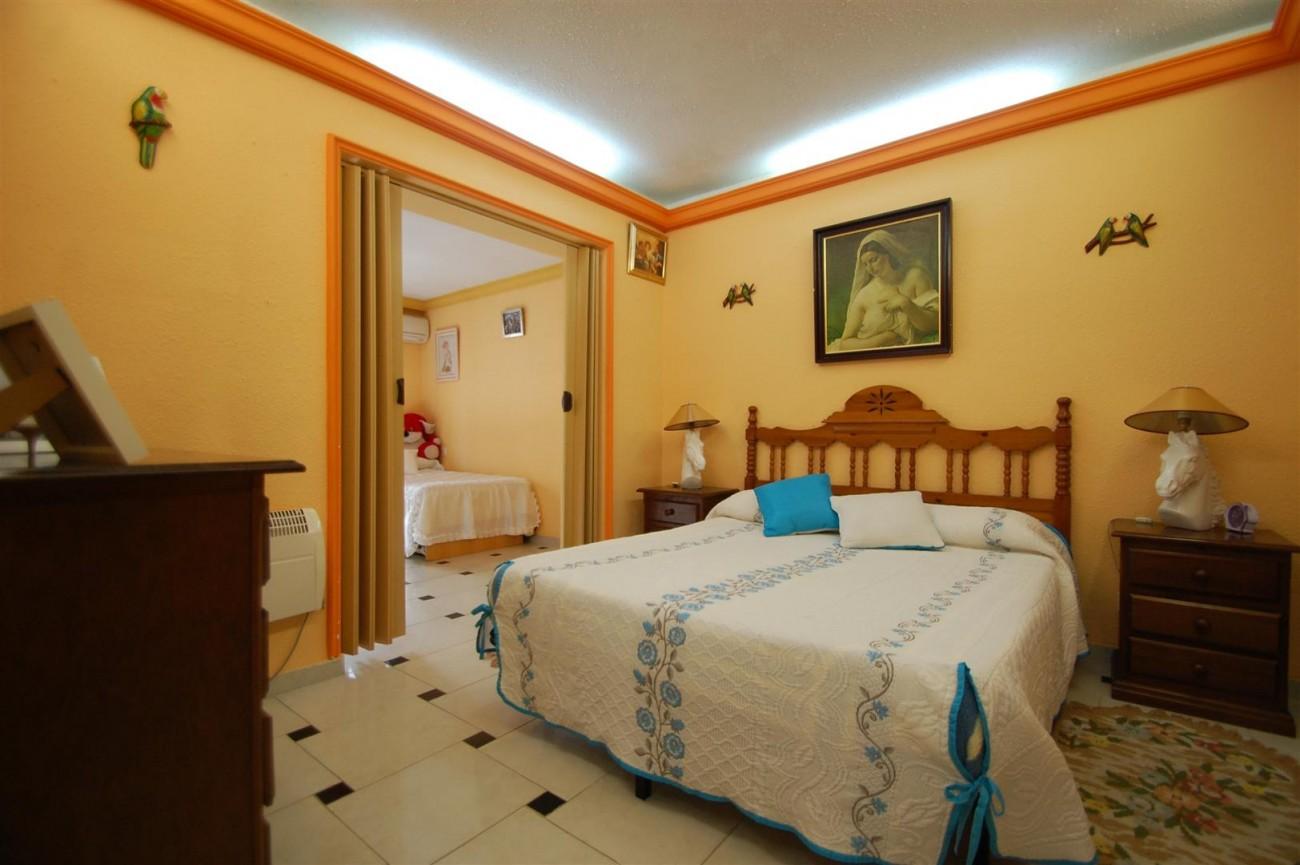 V4366 Villa Nueva Andalucia 4 (Large)