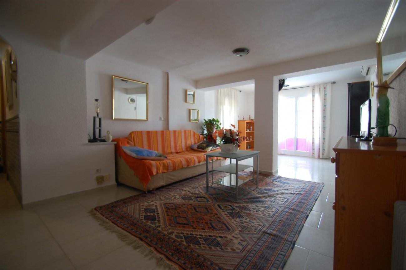 V4366 Villa Nueva Andalucia 12 (Large)