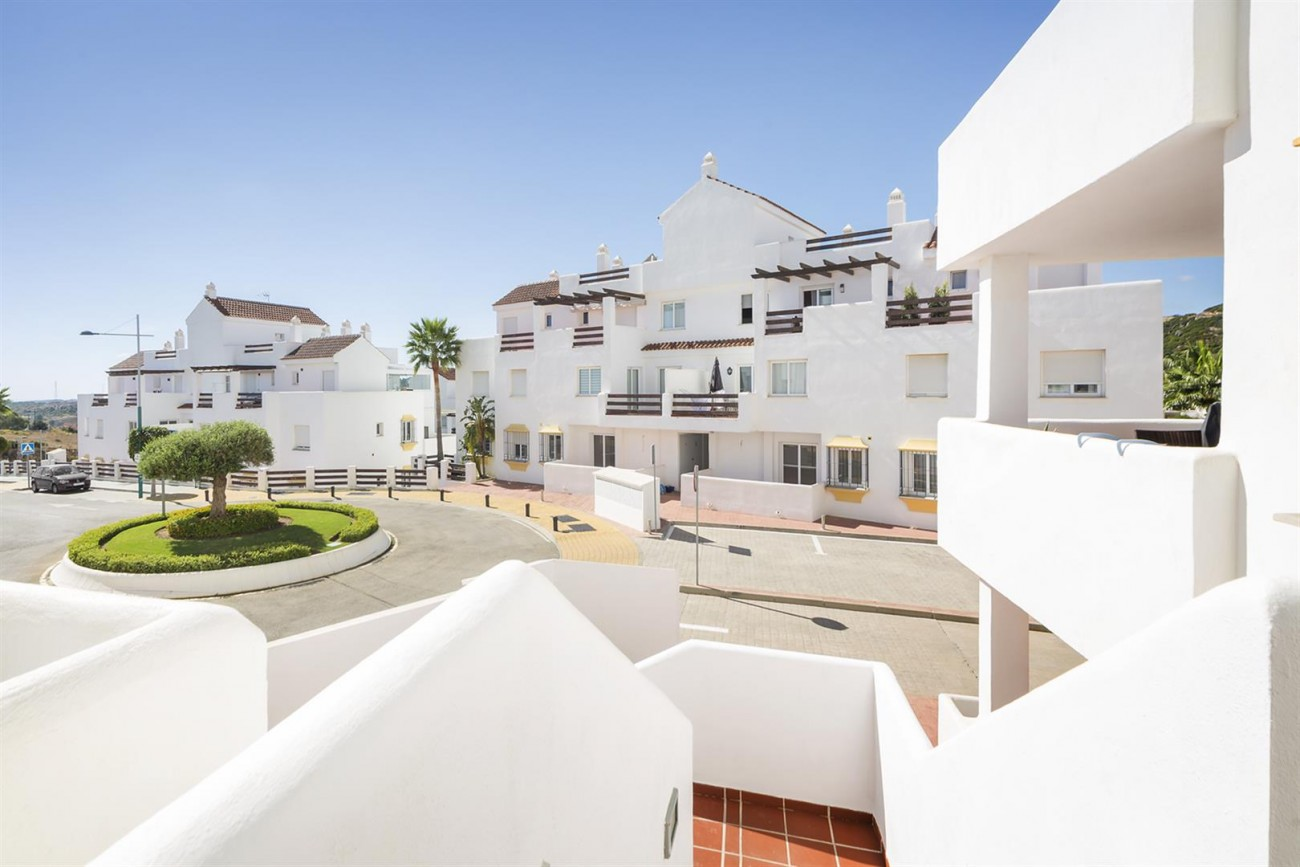 New Golf Apartments for sale Estepona (8) (Large)
