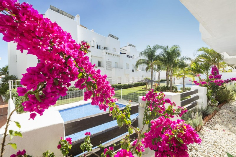 New Golf Apartments for sale Estepona (10) (Large)