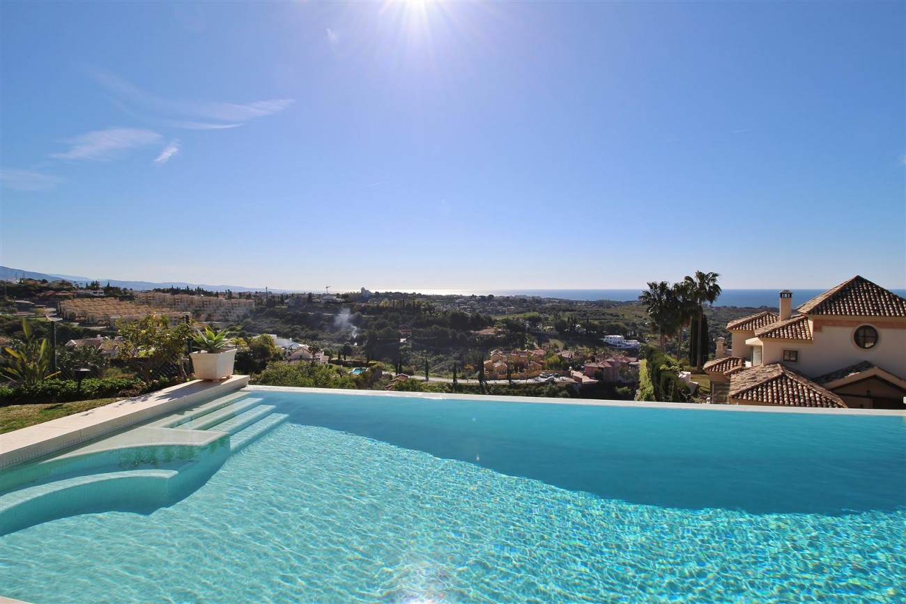 Luxury Villa for sale Benahavis Spain (51) (Large)