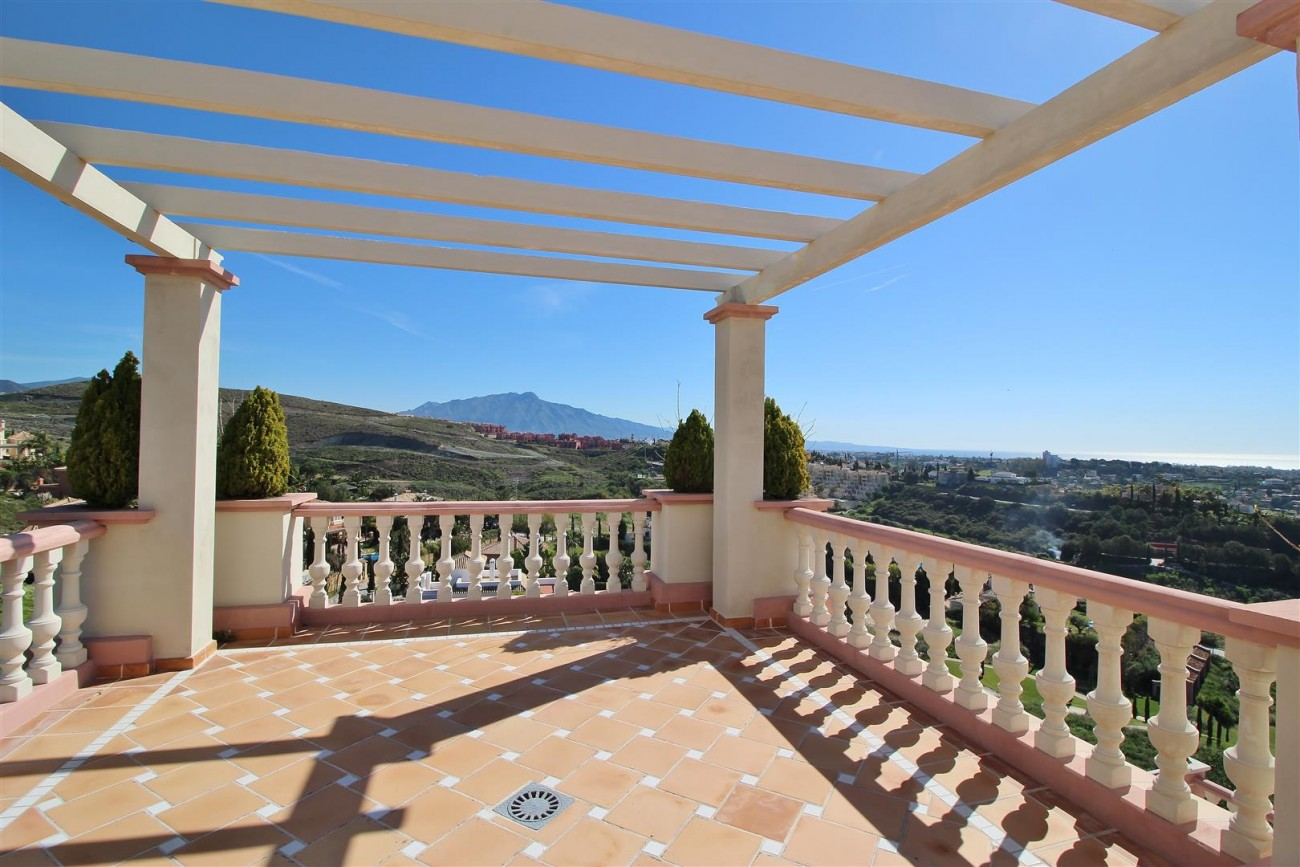 Luxury Villa for sale Benahavis Spain (48) (Large)