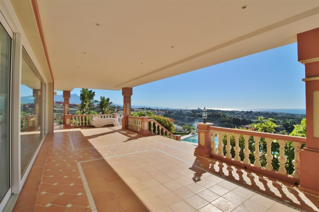 Luxury Villa for sale Benahavis Spain (3) (Large)