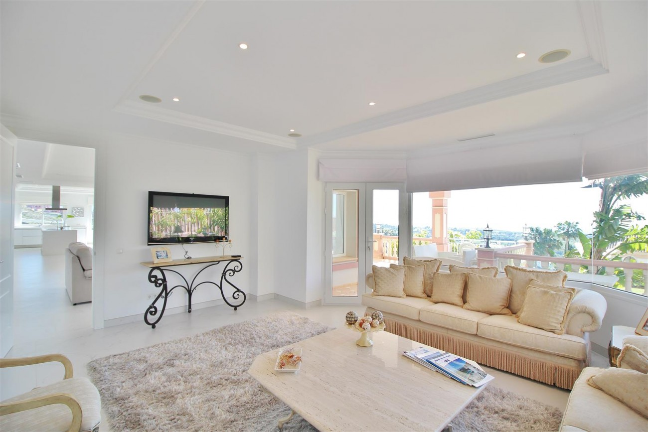 Luxury Villa for sale Benahavis Spain (17) (Large)