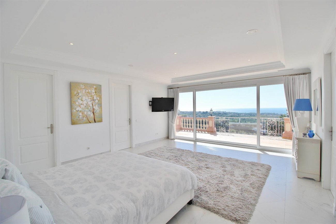 Luxury Villa for sale Benahavis Spain (38) (Large)